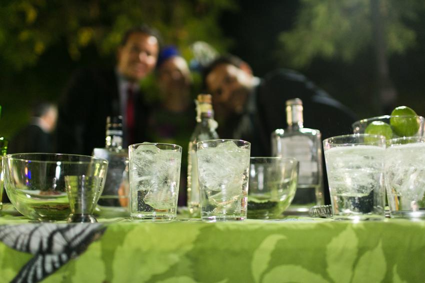 Imagen de la barra con bebidas, fotos artísticas de bodas