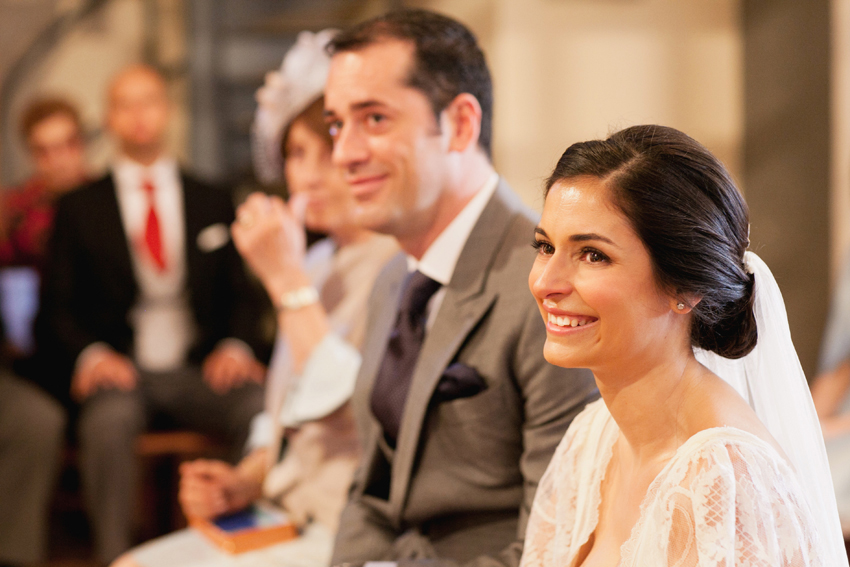 Primer plano de la radiante novia, fotos de bodas