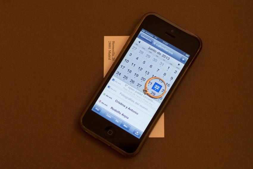 Imagen calendario del móvil con la fecha de la boda, fotos de bodas