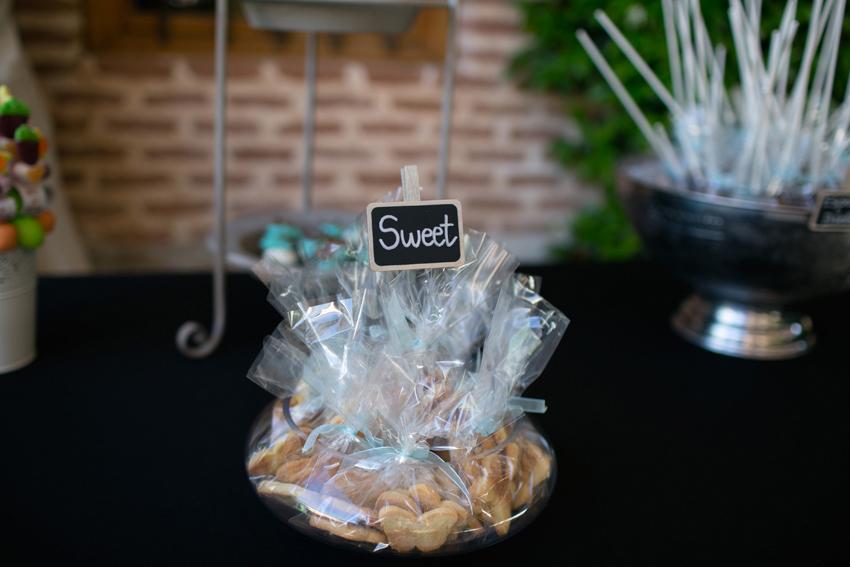 """Foto dulces con cartel """"sweet"""", fotos artísticas de bodas"""