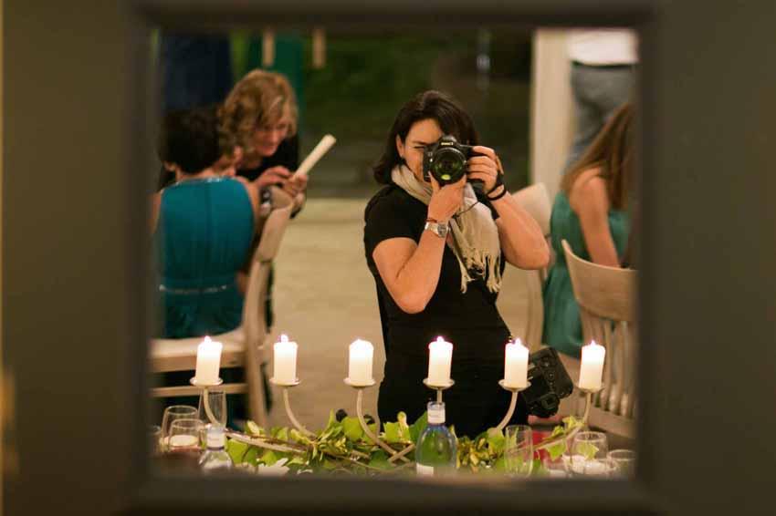 Imagen de Kutxi Pacheco en el espejo, fotógrafo de bodas en Ciudad Real