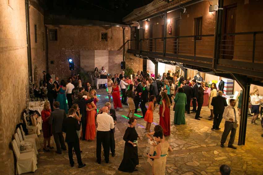 Imagen del recinto donde se celebra la fiesta. Reportajes de boda