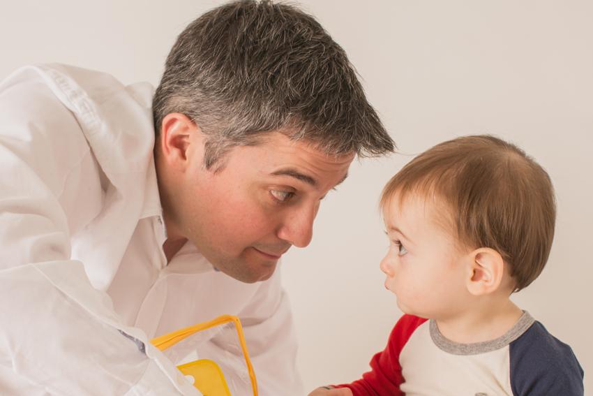 Maxime y su padre. sesión de fotos de estudio