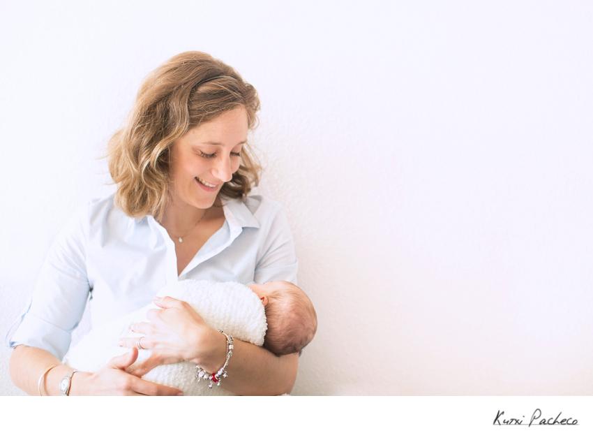 Madre con su bebé - Fotógrafo de bebés en Madrid