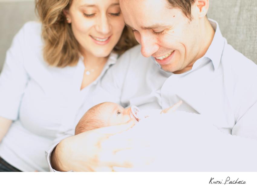 Padres con su bebé - Kutxi, fotógrafo de bebés en Madrid