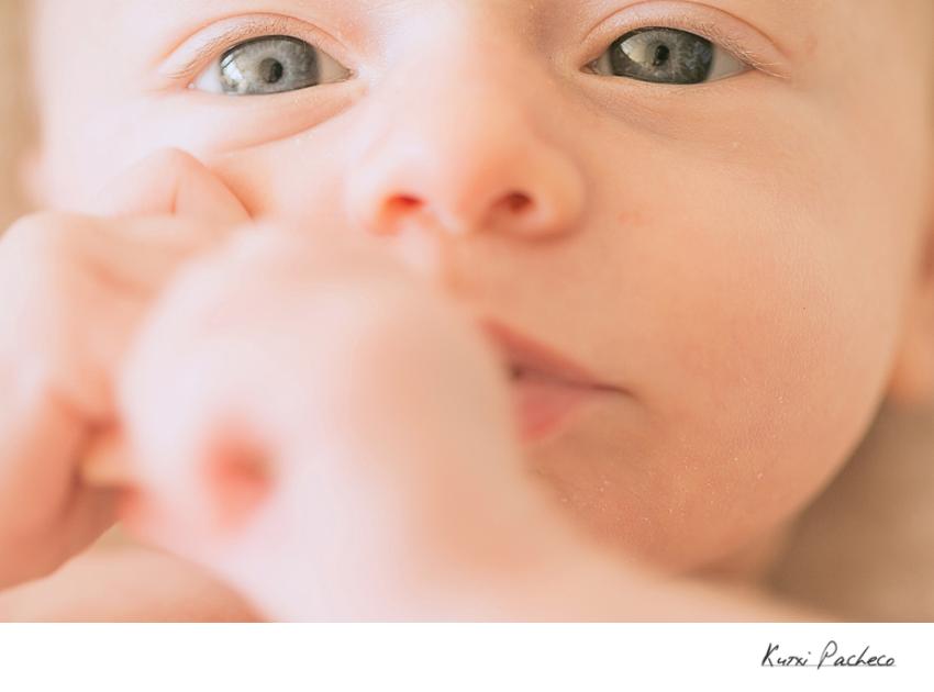 Primer plano cara de Marina - Sesión fotográfica de bebés en Madrid