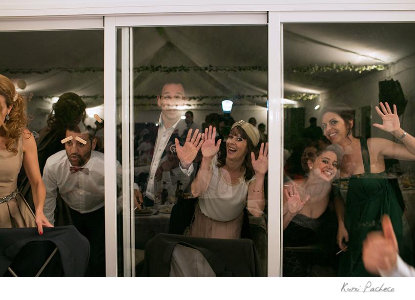 Los invitados se divierten durante la celebración en La Encomienda